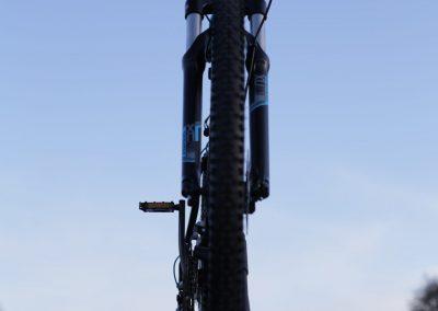 Rower MTB na dachu